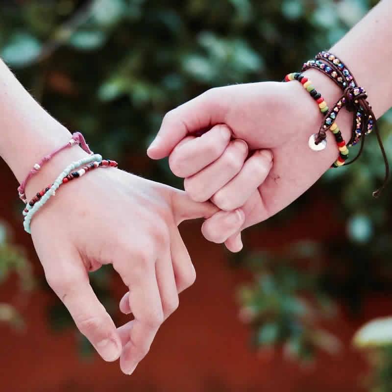 A quel poignet porter son bracelet chemin de vie